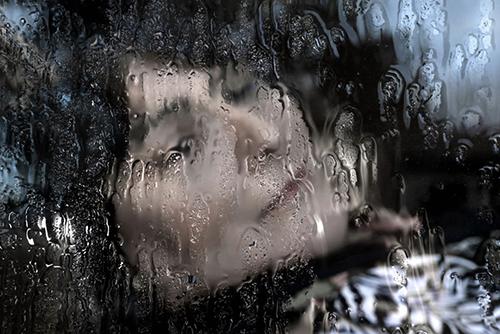 مجموعه عکس معلولیت و خشونت در چشمانِ قربانیانِ زن