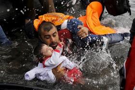 معرفی برترین عکاس خبری سال به انتخاب گاردین / گزارش تصویری