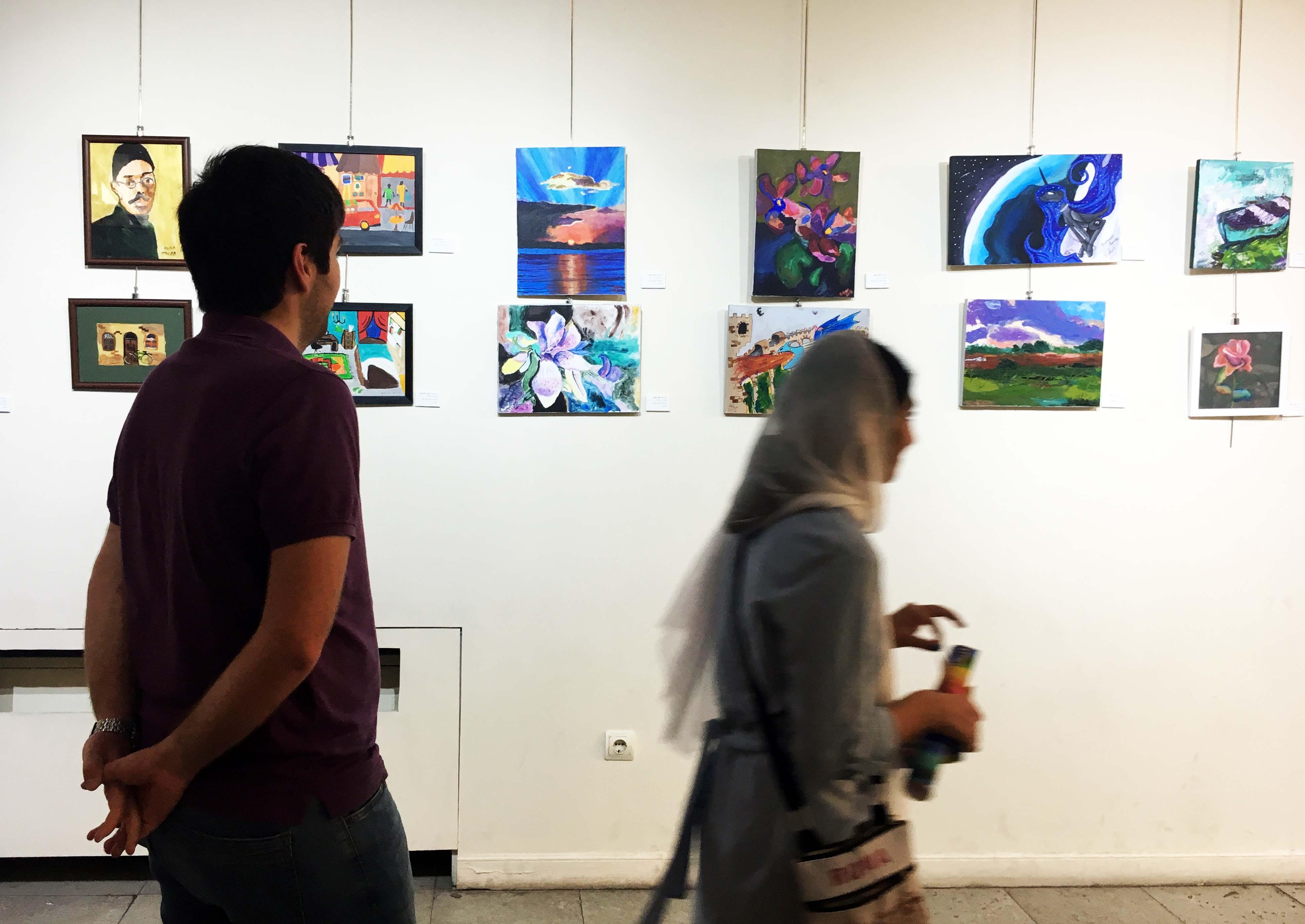 گزارش تصویری نمایشگاه گروهی خیال نو در فرهنگسرای ارسباران