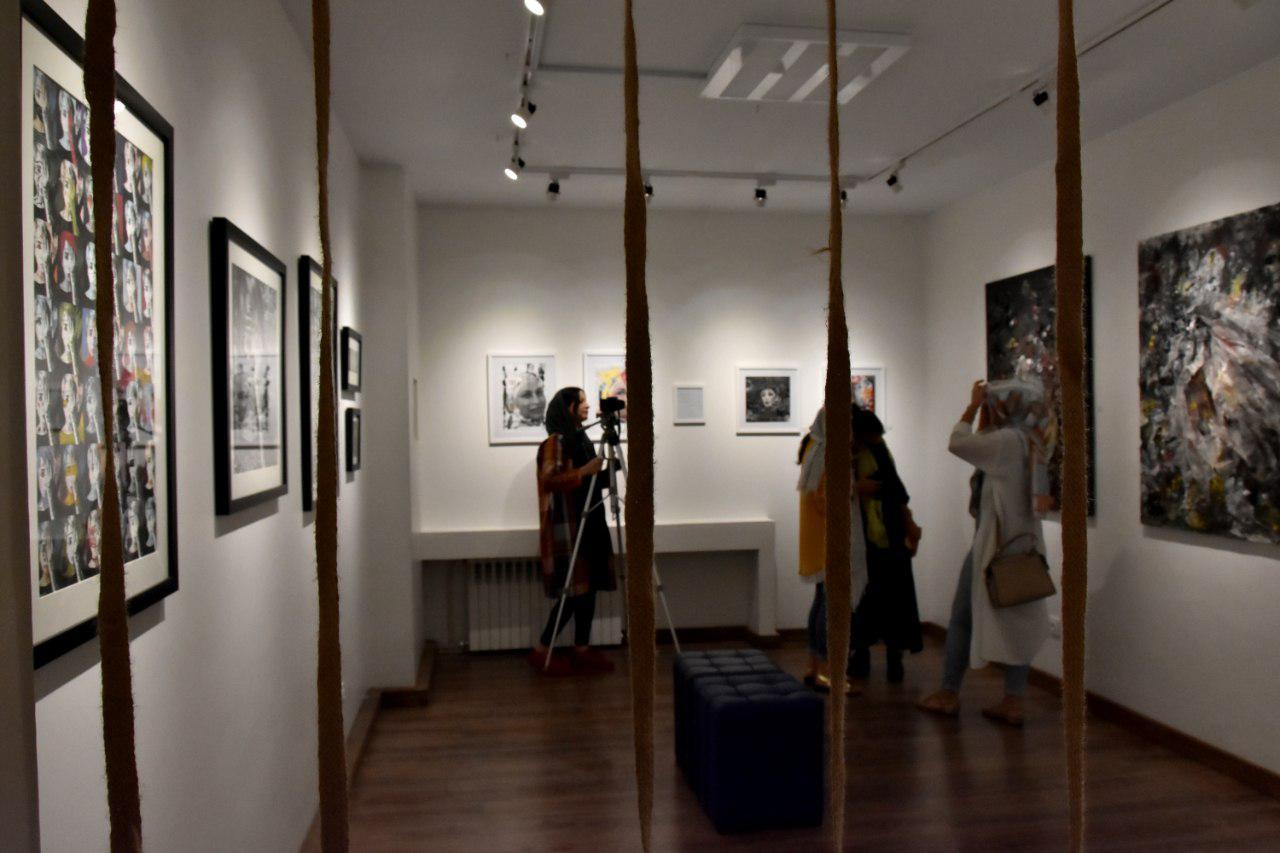 گزارش تصویری نمایشگاه آثار هنرجویان آموزشگاه حجم سبز