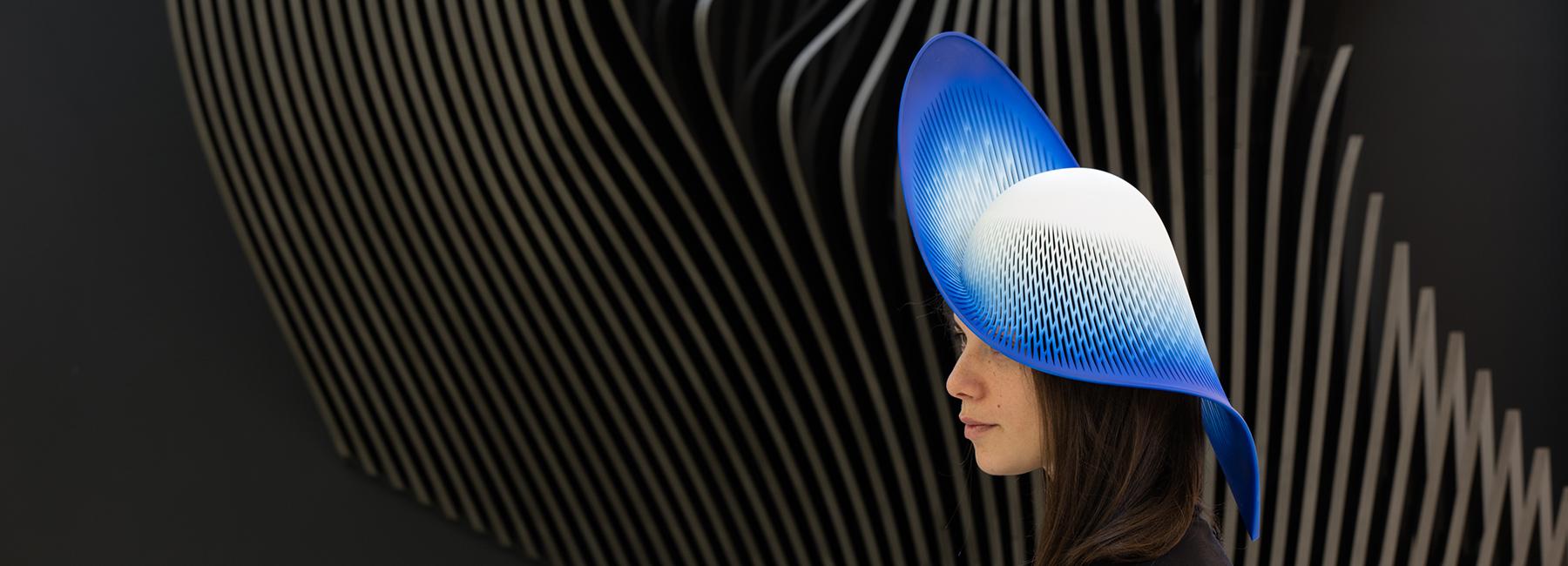 طراحی خلاقانه کلاه توسط معماران زاها حدید