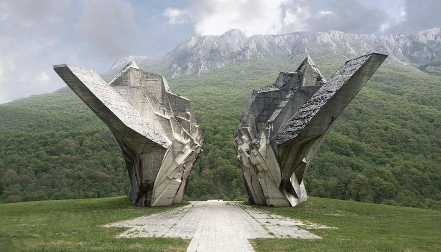 نگاهی به آثار هنرمندانه صربها از جنگ