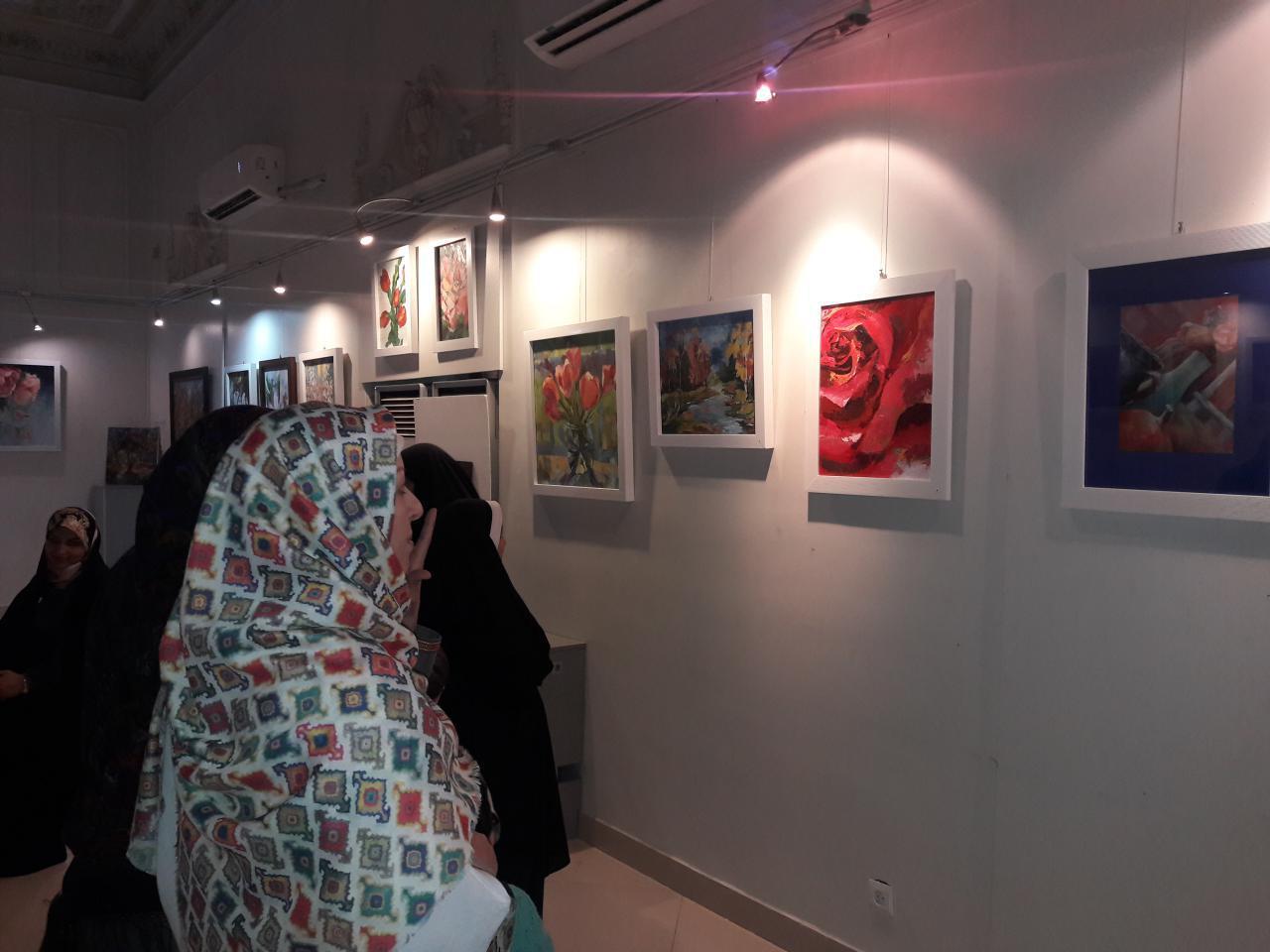 """گزارش تصویری نمایشگاه گروهی """"گلهای ونوس"""" در فرهنگسرای ملل"""