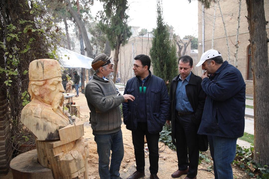 دیدار مدیرکل هنرهای تجسمی از دومین سمپوزیوم مجسمهسازی چوب