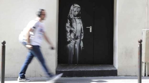 اثر بنکسی به یاد قربانیان حمله خونین باتاکلان در پاریس دزدیده شد