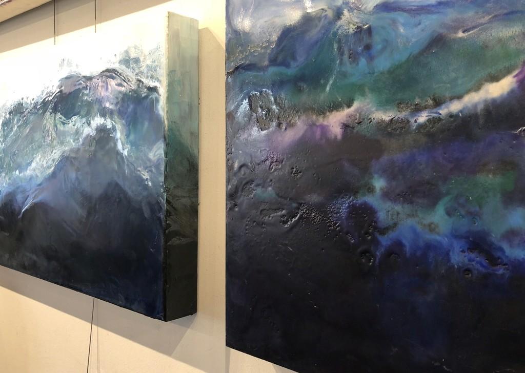 گزارش تصویری آثار GEODES Encaustic در گالری Pure
