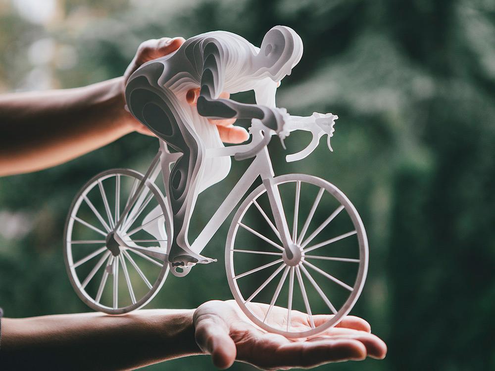 ورزشکارانی با لایه های کاغذی