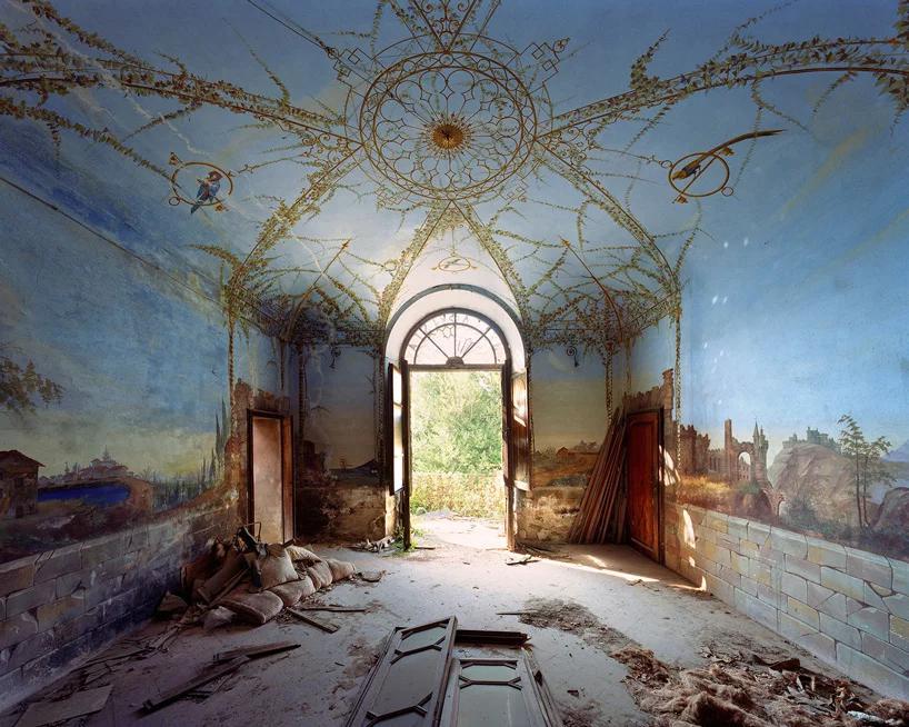 عکاسی از بناهای متروکه توسط thomas jorion