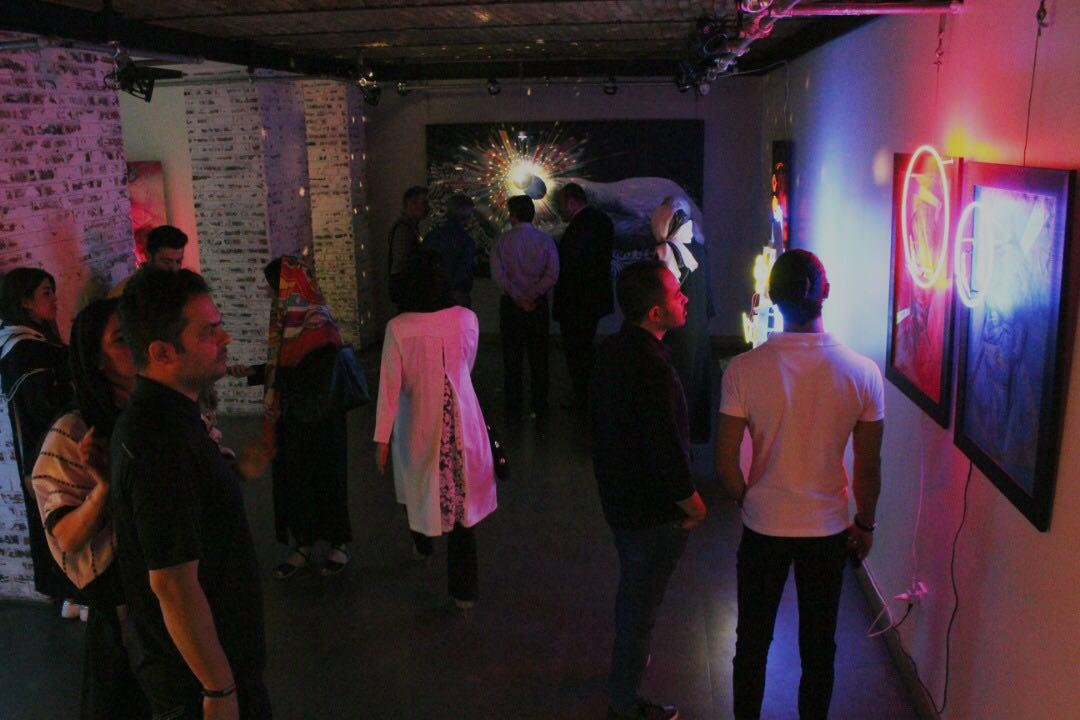 """گزارش تصویری نمایشگاه """"شب رو"""" در گالری چهار"""