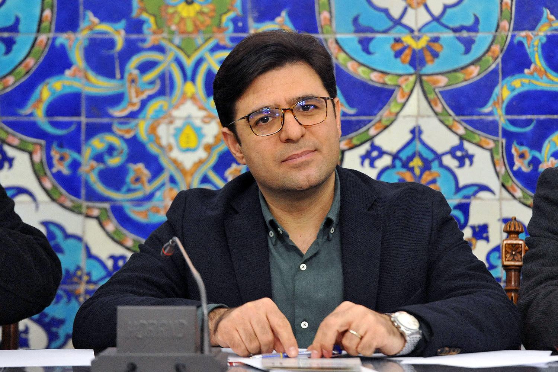 مردم کرمان هر سه ماه یکبار شاهد یک رویداد هنری تازه باشند