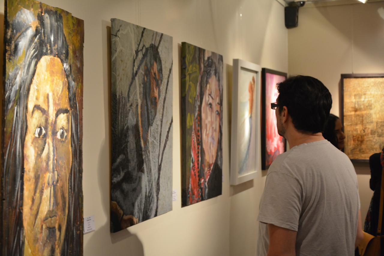"""گزارش تصویری نمایشگاه گروهی """"فرگشت"""" در گالری شلمان"""