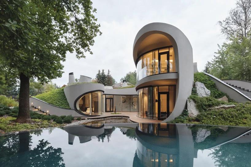 نگاهی به فضای بیرونی به هم پیوسته خانه niko