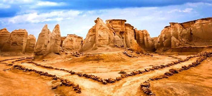 ابلاغ مراتب ثبت ملی ۱۲ اثر طبیعی به استاندار هرمزگان