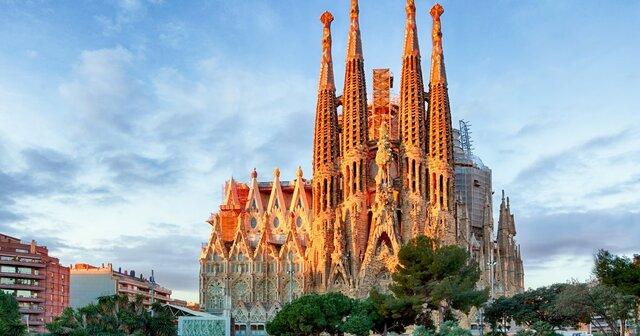 صدور مجوز ساخت کلیسای شهر بارسلون پس از ۱۳۷ سال