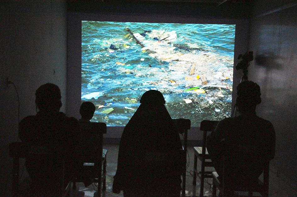 گزارش تصویری نمایشگاه هنر چندرسانه ای آسیه محمدیان در گالری آتیه نیشابور