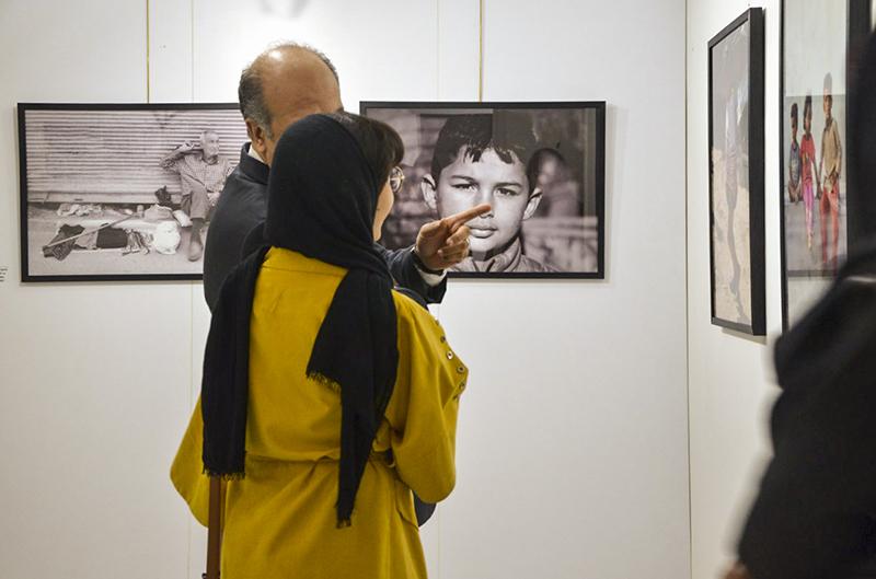 """گزارش تصویری نمایشگاه """"Iran Daily 01"""" در گالری رضائیان"""