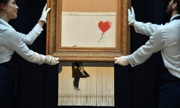 خریدار نقاشی Banksy اثر را نگه می دارد