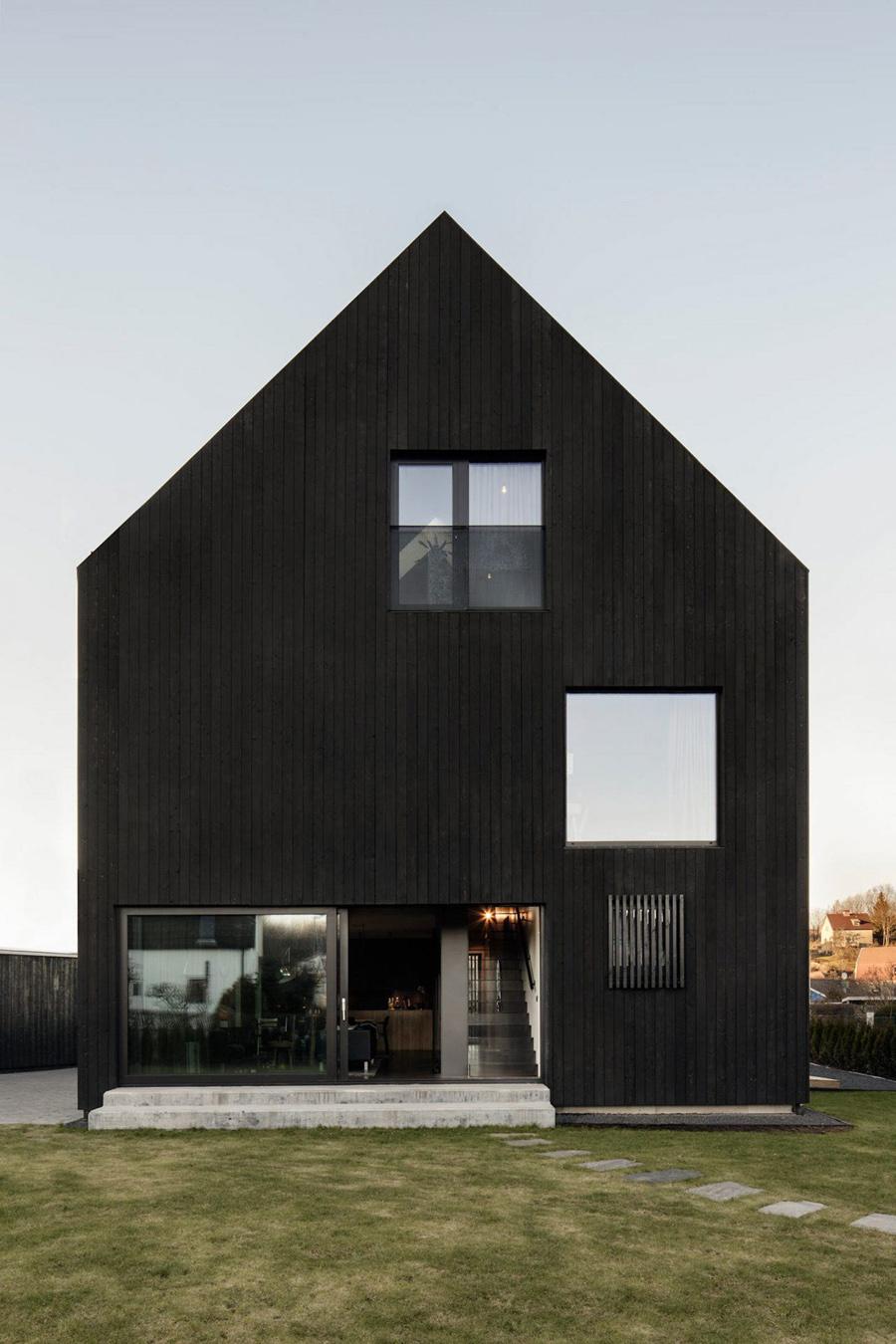 نگاهی به خانه سیاه چوبی - ویلا Amiri