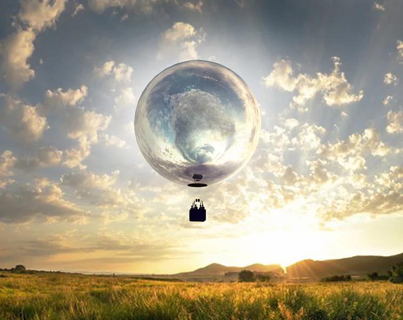بالن داغ آینه ای بر فراز ماساچوست