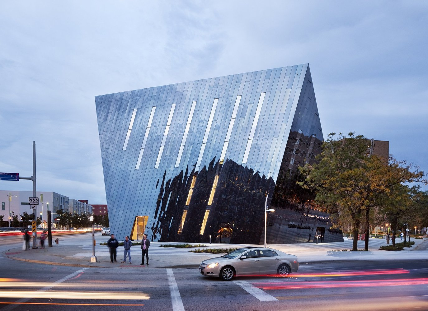 طراحی اولین مرکز اسماعیلیه در آمریکا توشط فرشید موسوی