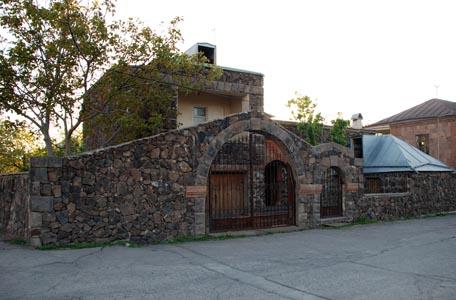 اقامت هنرمندان در ارمنستان