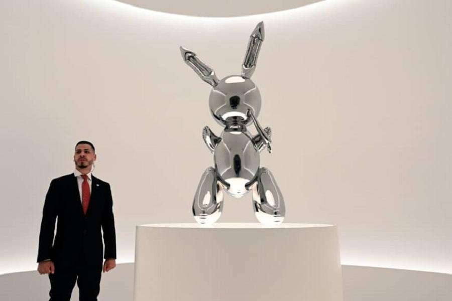 خالق خرگوش فلزی، گرانقیمتترین هنرمند زنده جهان نام گرفت