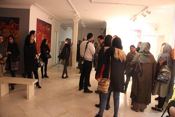 آثار نقاشی و پرفورمنس پویا جمالی به نمایش در آمد/گزارش تصویری
