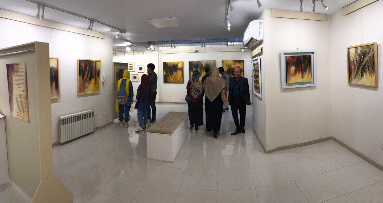 """گزارش تصویری نمایشگاه """"از اینجا تکان نمیخورم"""" در گالری بهارین"""