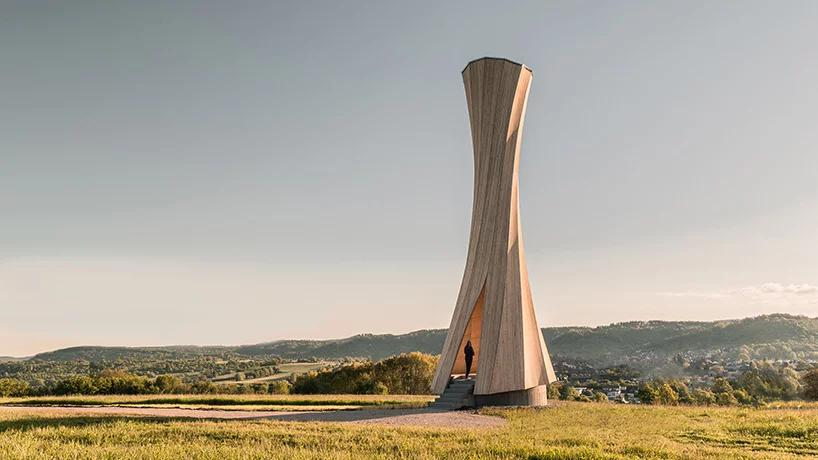 برج urbach یک نقطه عطف ۱۴ متری از چوب
