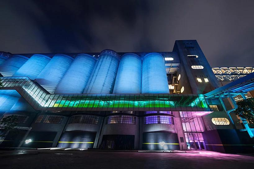 طراحی نورپردازی یک نمایش لباس در شانگهای