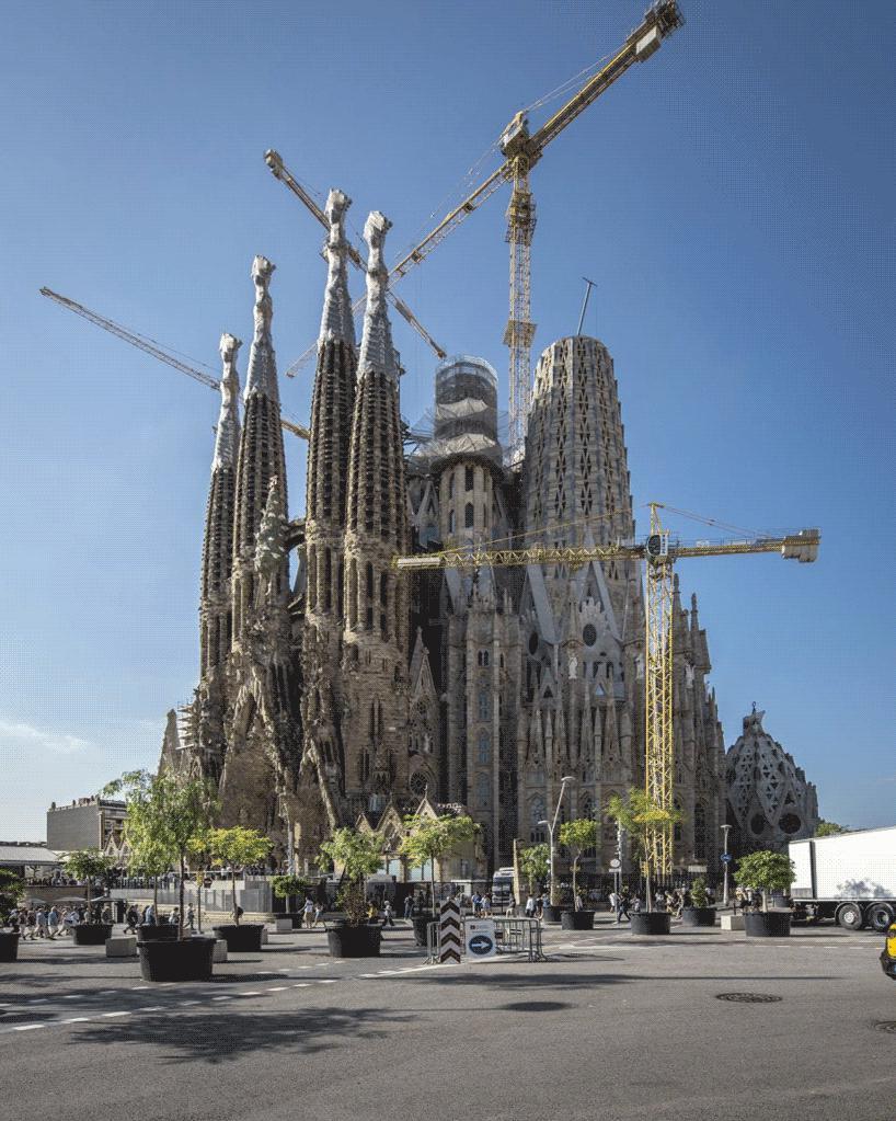 کار ناتمام آنتونی گائودی پس از 137 سال اجازه ساخت میگیرد