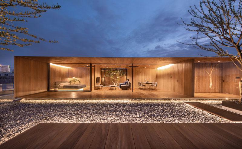 طراحی خانه مدرن در پشت بام یک آپارتمان