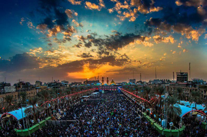 رونمایی از بزرگترین ماکت پیاده روی اربعین حسینی ع در برج آزادی