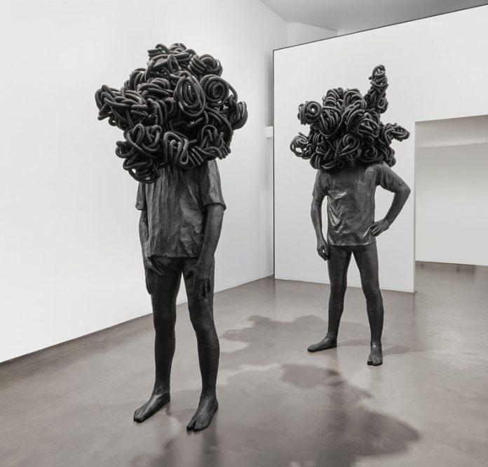 مجسمه هایی میان واقعیت و خیال