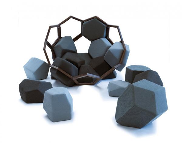 صندلی ای به شکل سنگ Quartz