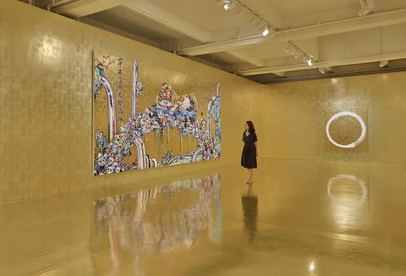 نمایشی از آثار طلایی takashi murakami در هنگ کنگ