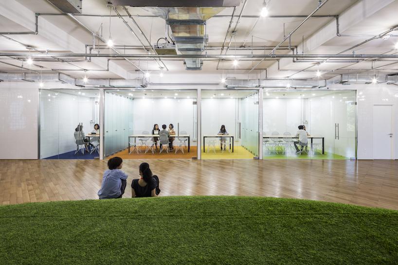ایجاد فضای سبز با هدف افزایش راندمان کاری در ادارات