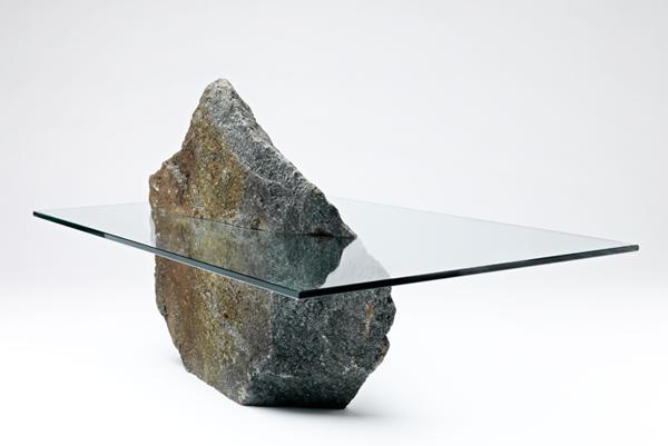 ترکیب سنگ و شیشه در طراحی میز