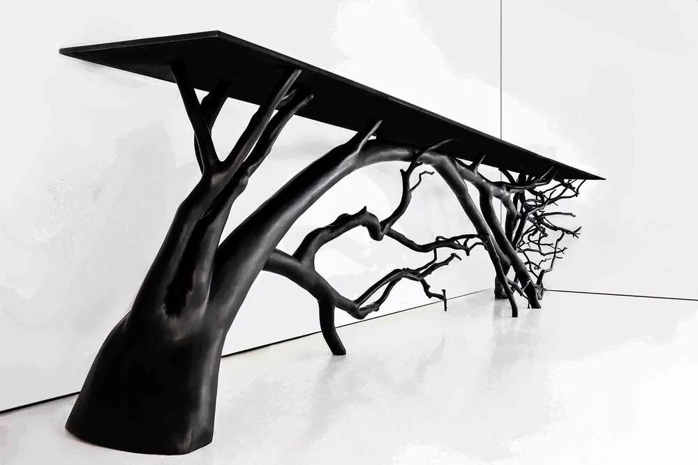 میزها و قفسه های ساخته شده از درختان آمریکای جنوبی